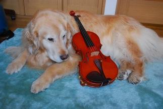 両親にプレゼントした第一作目のヴァイオリンと記念撮影