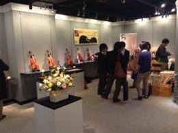 東京/ピッチノッティ氏との展示会 楽器の展示の他、楽器用材木の販売を行いました