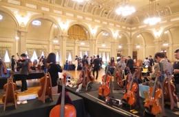 2015年、中央公会堂での第7回展示会の様子